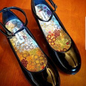 American eagle women's shoes, floral insole, black